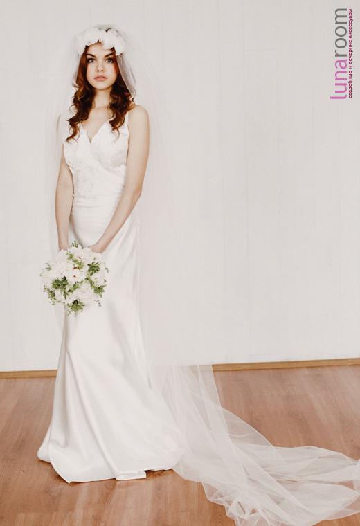 Воздушная фата - единственное, что может быть только у невесты!