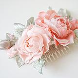 Розы на гребешке, шелк коралловый