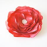 Роза из натурального шелка красная