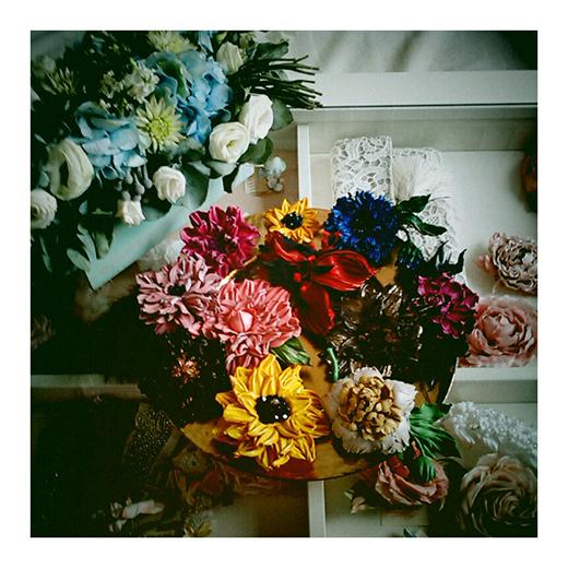 Новинки! Прекрасные цветы из кожи от Елены Григорьевой!