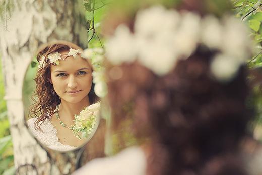Наши невесты - Алена! Свадебная прическа с венком из цветов.