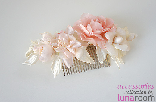 Новое - ободки с цветами, гребни для волос, цветы в прическу!