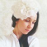 """""""Rose"""" шляпка с цветами из шелка айвори"""