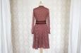 Платье короткое в белый горох с рукавом из натурального шелка. Фото 2.