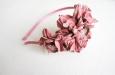 """Камелия розовая"" ободок для волос. Фото 2."