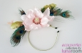 """""""Ванда"""" шляпка-ободок с магнолией и пером павлина. Фото 3."""